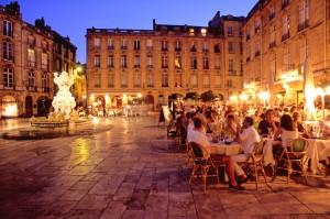 Place du Parlement - crédit : F. Poincet Office de Tourisme Bordeaux